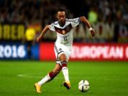 """Đại gia Premier League tranh nhau """"viên kim cương thô"""" nước Đức"""