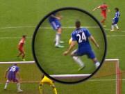 Du am Liverpool 1-2 Chelsea: HLV Rodgers tuc toi doi 11m