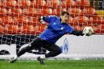 """Iker Casillas tỏa sáng: """"Thánh"""" đã trở lại"""