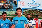 Trong tai V-League bat chinh tran ban ket luot ve Viet Nam-Malaysia