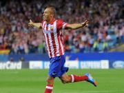 """Miranda """"phũ"""" MU để ở lại Atletico Madrid"""