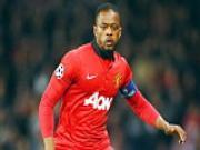 Man United chap nhan mat Evra