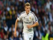 """Kroos: """"Ông chủ mới"""" của hàng tiền vệ Real"""