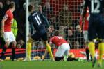 Van Gaal cần bổ sung một hậu vệ trước khi quá muộn!