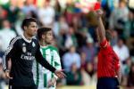 Cristiano Ronaldo và 9 thẻ đỏ trong sự nghiệp thi đấu