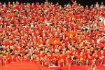 Bóng đá Việt Nam nhốn nháo… vui như hội!