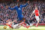 Thấy gì sau chiến thắng của Arsenal trước Everton