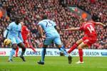 """Gục ngã tại Anfield, Man City bị cựu Quỷ đỏ """"lên lớp"""""""