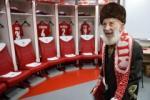 Nghĩa cử cao đẹp của CLB Nga với fan bóng đá lớn tuổi