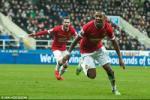 Video bàn thắng: Newcastle 0-1 M.U (Vòng 28 Ngoại hạng Anh 2014-2015)