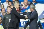 Tai sao Wenger rat muon tan Mourinho?