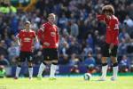 Thua tham Everton, Van Gaal lo so Man Utd mat ve Champions League