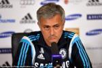"""Mourinho lại tiếp tục """"đá đểu"""" cả M.U và Arsenal"""