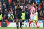 Stoke City 6-1 Liverpool: Chia tay huyen thoai Steven Gerrard bang that bai sieu soc