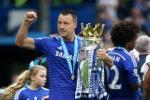 John Terry muon cong hien cho Chelsea nhu Ryan Giggs cua M.U