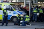 Một CĐV bóng đá tử nạn vì dính đạn của cảnh sát