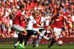 Swansea - thử thách thực sự cho hàng thủ M.U