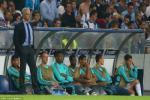 Khoanh khac tran dau Porto 2-1 Chelsea: Mourinho tram ngam, Casillas toa sang
