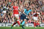 Arsenal 3-2 Swansea: Tot dep pho ra, xau xa chang day duoc