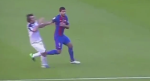 Luis Suarez may man khong an the du dam cau thu Deportivo
