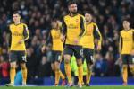 Goc Arsenal: Mat danh hieu vi the luc kem?