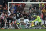 Video clip bàn thắng: Sunderland 2-1 M.U (Vòng 26 Ngoại hạng Anh 2015/2016)