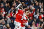 Arsenal ha Leicester: Su tro lai cua Danny Welbeck