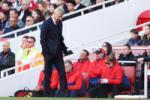 Goc Arsenal: Du Wenger muon hay khong, cach mang van se xay ra!