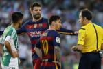 Betis 0-2 Barca: Gặp khó, đã có trọng tài
