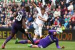Swansea de cat nhieu tru cot truoc Man City, M.U het cua top 4?