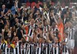 AC Milan 0-1 Juventus: Lich su lai vinh danh Lao ba