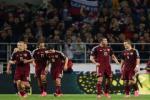 """Duong den Euro 2016 cua DT Nga: Kho lap lai """"ky tich Hiddink"""""""