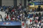 Hooligan Anh và ultras Nga đánh nhau kinh hoàng sau trận đấu