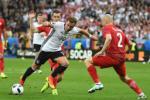 Duc 0-0 Ba Lan: Ngay Die Mannschaft tot che, xau khoe…
