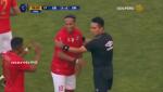 Ronaldinho lại thể hiện tuyệt kỹ lườm rau gắp thịt