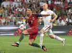 Ronaldo xung dang nhan may diem o tran Ba Lan vs BDN