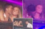 Bắt quả tang Ronaldo dính lấy gái lạ trong hộp đêm