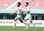 Tấn Sinh mở tỷ số từ chấm 11m trận U19 Việt Nam vs U19 Myanmar