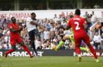 Vấn đề cố hữu của Liverpool: Khi hàng thủ đi trên dây