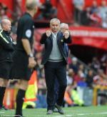 Rốt cục, Jose Mourinho đã lột chiếc mặt nạ ở Man Utd