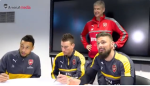 Arsenal gia han thanh cong voi 3 tru cot