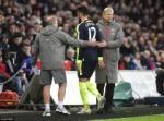 Giroud chan thuong: Wenger va noi buon Alexis Sanchez