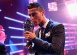 Đánh bại Messi và Neymar, Ronaldo xuất sắc nhất thế giới năm 2017