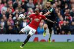 Ashley Young – Don gian chinh la hoan hao