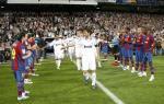 Nguoi Barca nhan Ronaldo khoi mo ve hang rao danh du o El Clasico