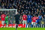 Goc Man Utd: Tham hoa cua mot hang thu khong Bailly