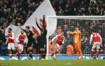 Du am Arsenal 2-0 Hull: Thang ma lo