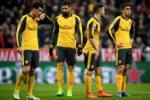 Huyen thoai M.U chi trich Arsenal sau tran thua Bayern