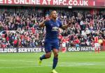 Antonio Valencia: Goi ten hau ve phai hay nhat Premier League
