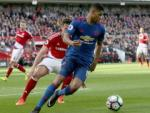 Tối ưu Marcus Rashford: Cơn đau đầu của Jose Mourinho